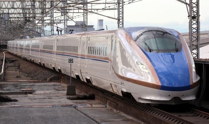 北陸新幹線開業で東京~金沢間が2時間半