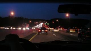 お盆の交通渋滞を回避する方法